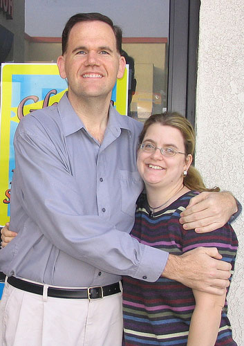 Jimmy Moore, nearly 200 pounds lighter, with wife Christine.